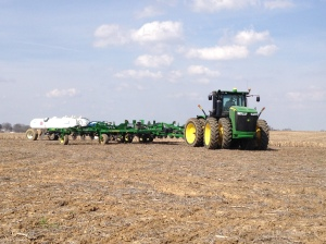 Applying preplant nitrogen for corn.  Here, John operates the JD 9360R tractor with 2510H applicator.