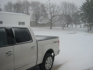 In only 20 minutes, we went from bare ground... to this!  Looks like a good night to stay in and keep warm.