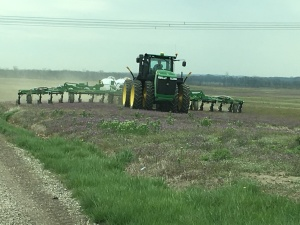 John operates the JD 9360R tractor with the JD 2510H applicator to put down nitrogen for the 2016 corn crop